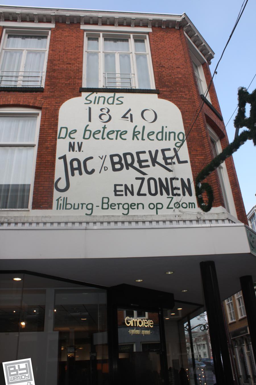 Gevelreclame restauratie Jac van den Brekel